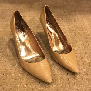 Coach kitten heels cream sz 9B